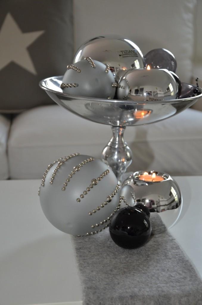 weihnachtsdeko in silber stilvolle eleganz tiziano. Black Bedroom Furniture Sets. Home Design Ideas