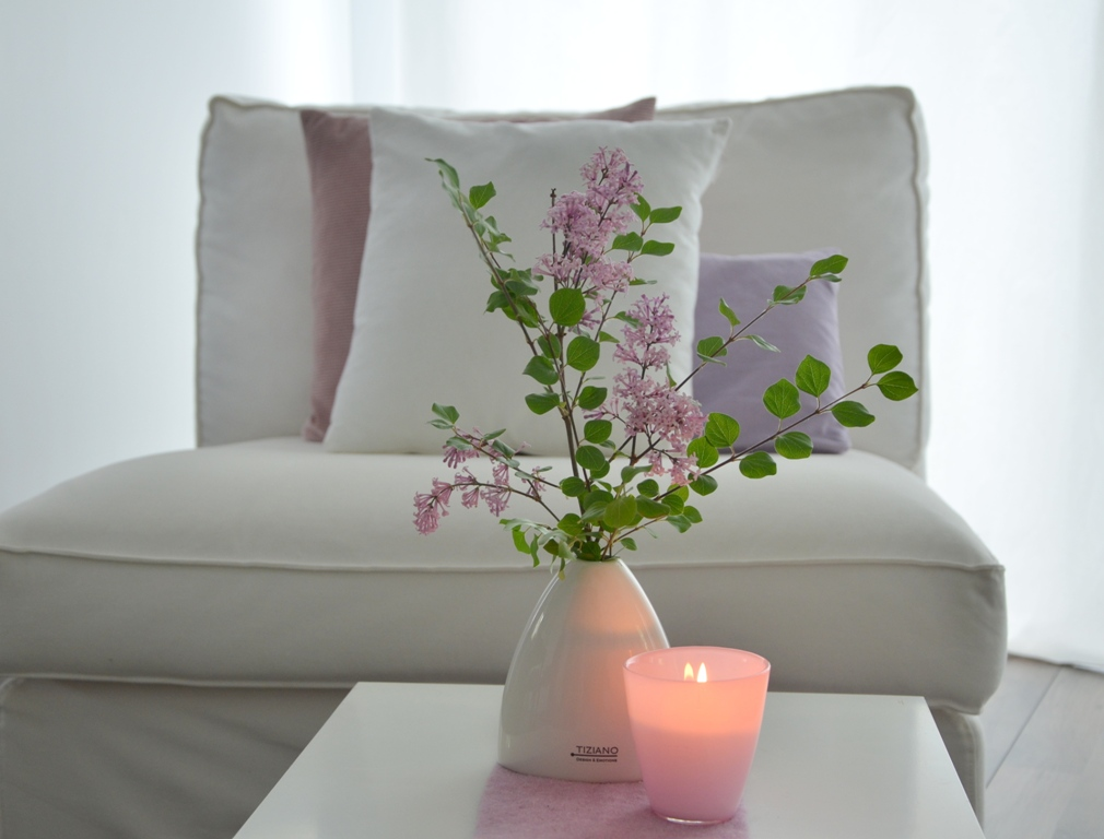 flieder der duft des fr hsommers tiziano. Black Bedroom Furniture Sets. Home Design Ideas
