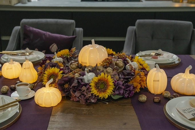 Willkommen lieber Herbst – Tischdeko mit Kürbissen