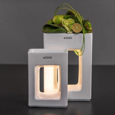 Quadro Pflanzgefäße LED hoch