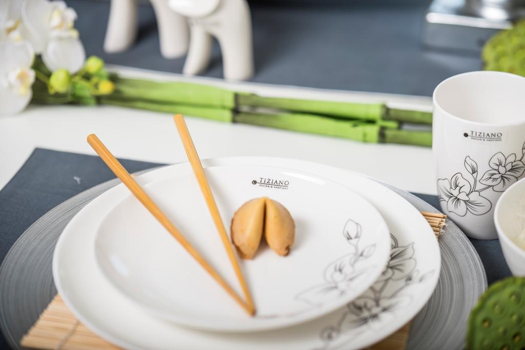 Asiatische Tischdeko_Geschirr von Tiziano
