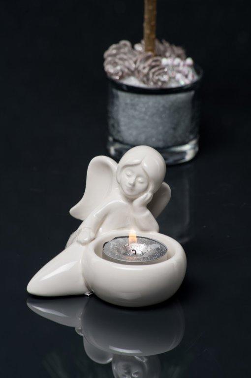 Engel Nora Figur liegend