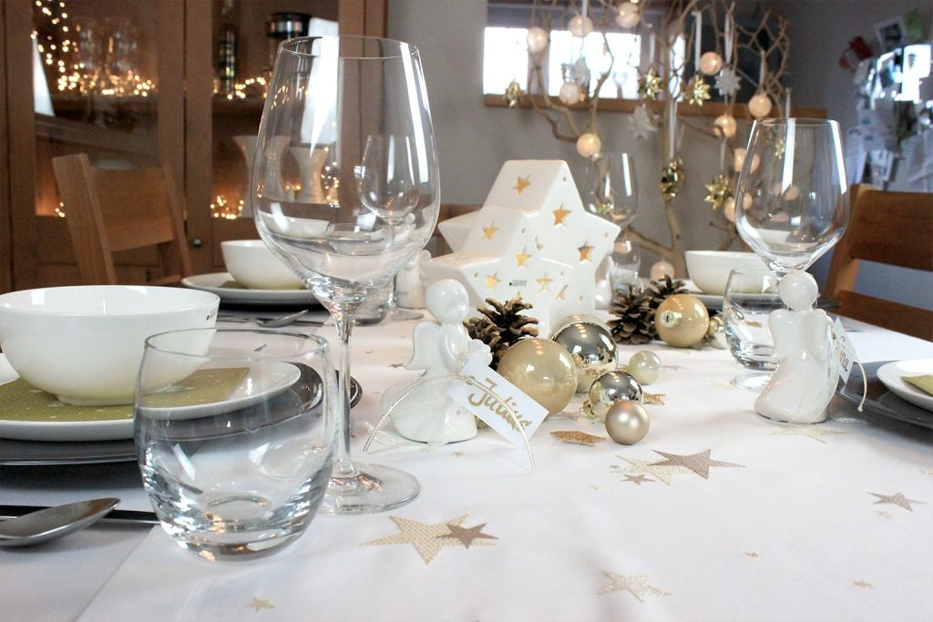 Tischdeko Zu Weihnachten Zu Tisch Bitte Tiziano
