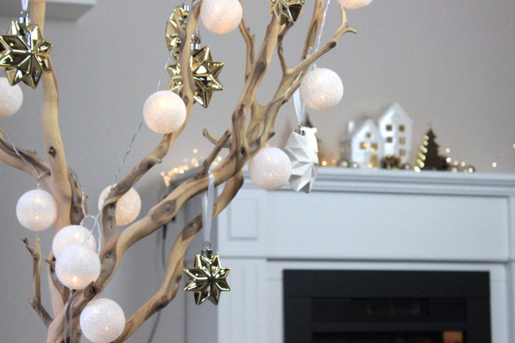 Weihnachtsdeko Cremefarben.Dekotipp Glanzvolle Weihnachtsdeko In Gold Tiziano