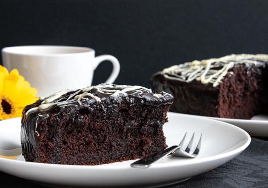 Tischdeko Kaffeetafel_Schokoladenkuchen