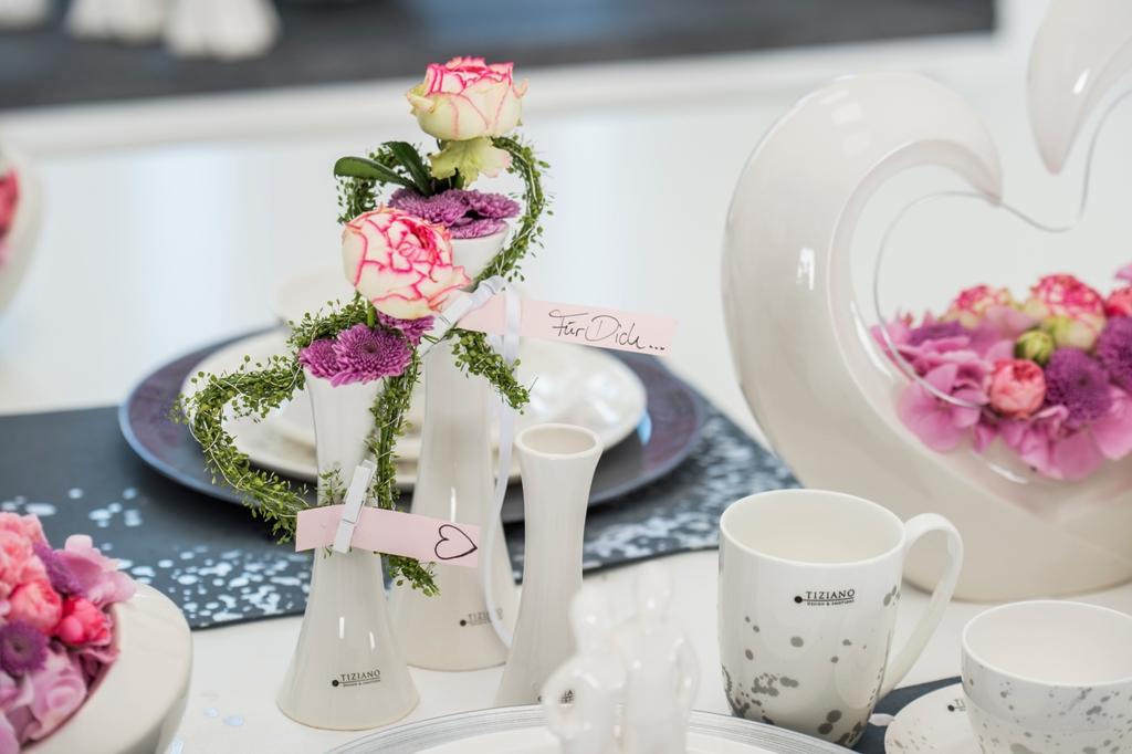 Vasen mit Botschaft_Tischdeko zum Valentinstag
