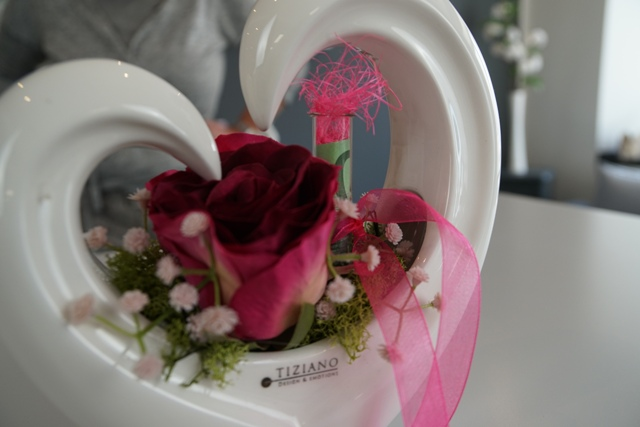 Geldgeschenk zur Hochzeit mit roter Rose