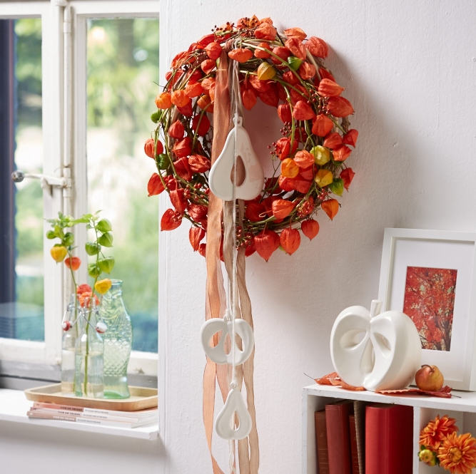 Herbstdeko fuer das Ernedankfest Kranz