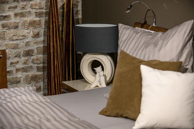 Sanftes Licht Furs Schlafzimmer Nachttischlampe Gesucht Tiziano