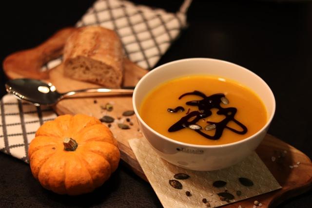 Einfach und vegan: Rezept für leckere Kürbissuppe