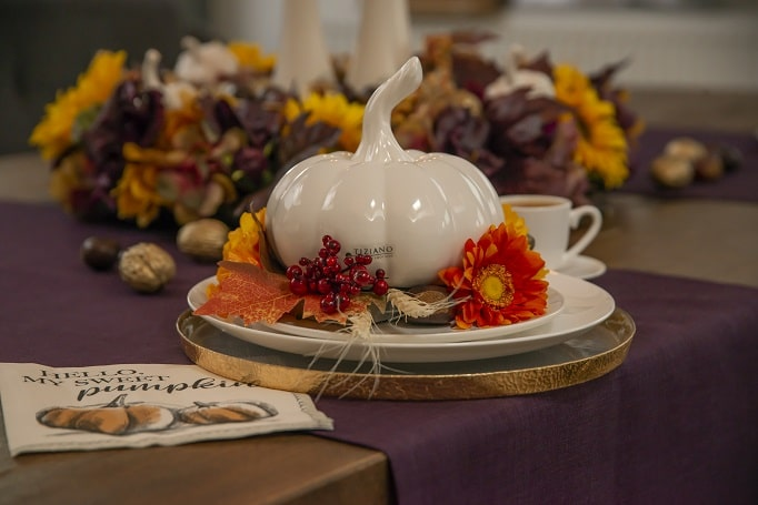 Tischdeko Herbstdeko Erntedank mit Kürbis Pastazo