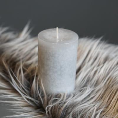 Kerze silbergrau