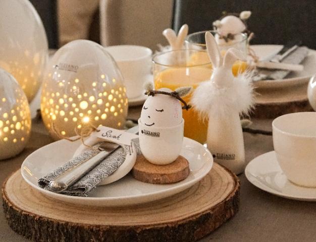 Osterhasen als Tischdeko zu Ostern