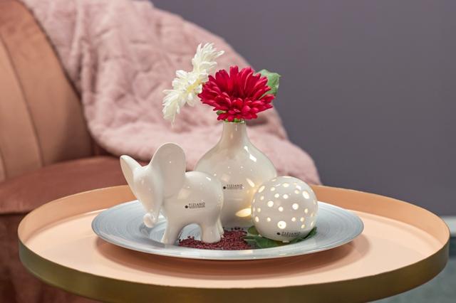 Dekoset Elefant Leon mit Leuchtkugel Padova LED und Vase Lina