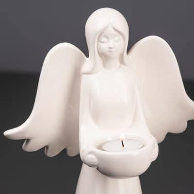 Engel Anela mit Lichtschale creme-weiß
