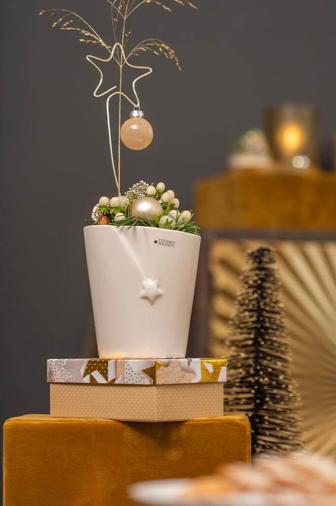 Placeholder Blumentopf Filanta Stern unten creme-weiß