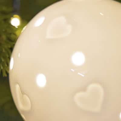 Hänger Frano LED mit Herzen 9cm Porzellan creme-weiß