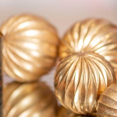 Dekokugel Jade geschwungen gold
