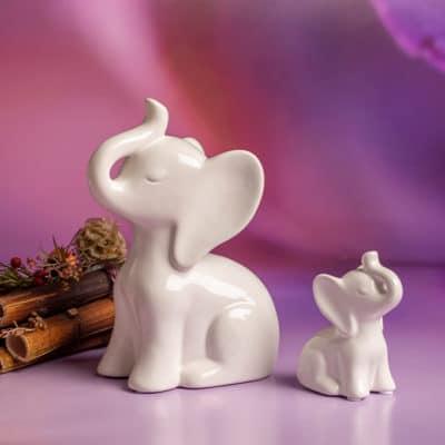 Dekofigur Elefant Tarik sitzend creme - weiß