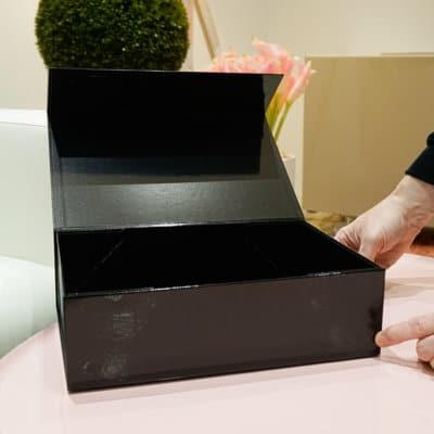 Geschenkbox Magnetbox groß 33x22x10 schwarz glänzend