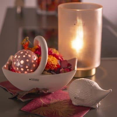 Dekoset Bertani mit Lichtkugel Padova und Herbstfloristik