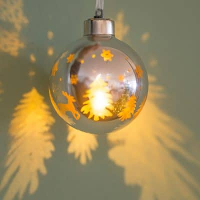 Vorverkauf: Deko Kugel Vila LED Bäume 8 silber/gold
