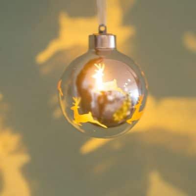 Vorverkauf: Deko Kugel Vila LED Hirsch 8 silber/gold