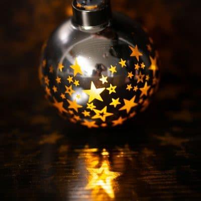 Vorverkauf: Deko Kugel Vila LED Sterne 8 silber/gold